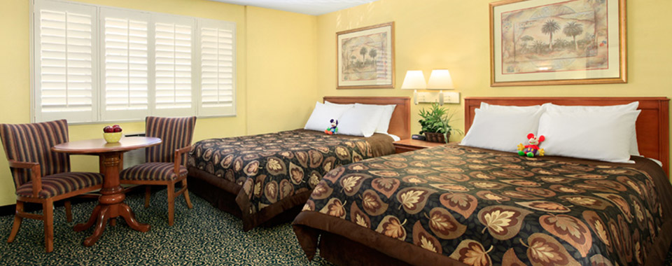 ADA Accessible Deluxe Room with 2 Queen Beds at Del Sol Inn, California
